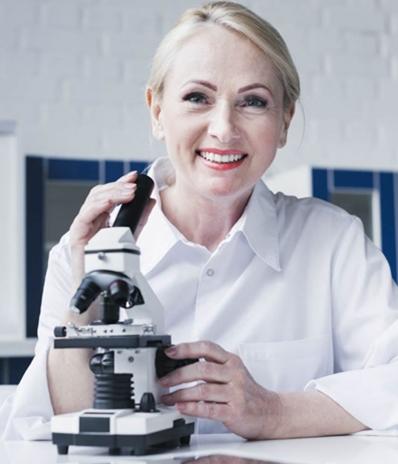 Dr Gáspár Ella